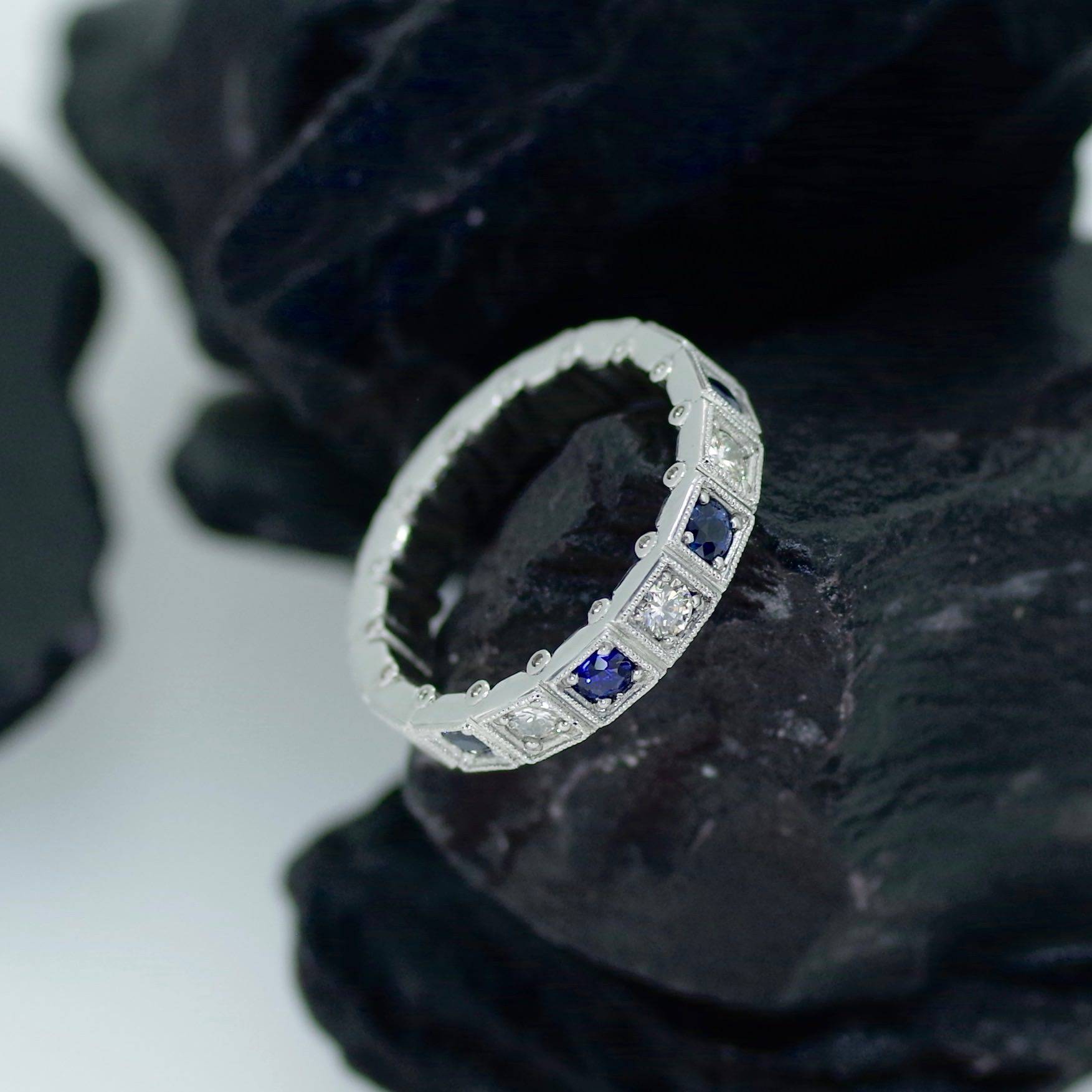 Platinum ring with Diamonds & Sapphires with millgrain detailing (ref ET010)